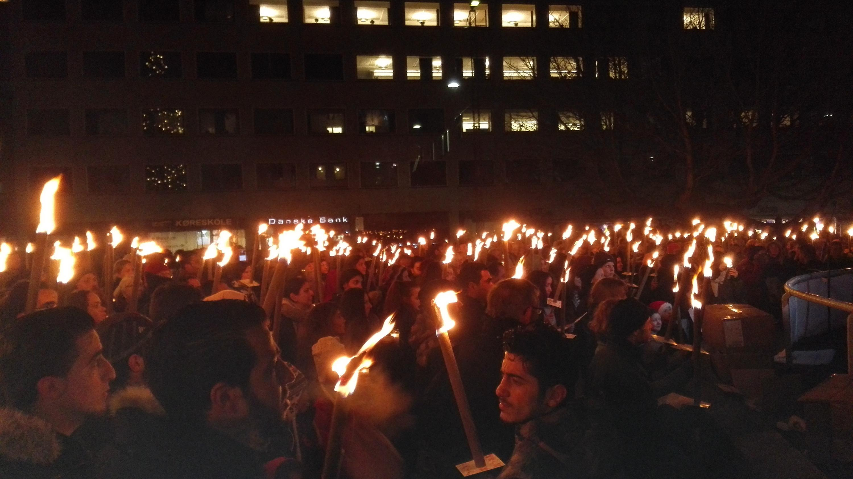 Fakkeldemonstration-Aleppo